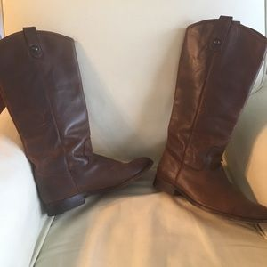 Frye Company Melissa Button Boots